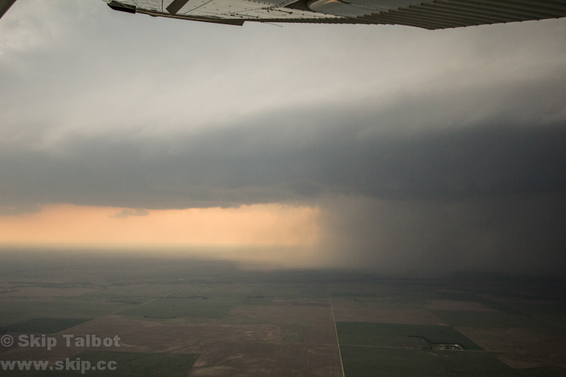 13051804 Aerial Storm Chasing   Recalling our adventure May 2013